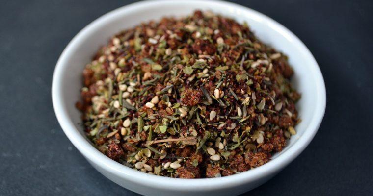 Manakeesh – pyszny chlebek z ziołowym za'atarem