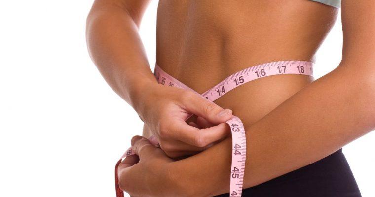 Jak zrzucić zbędne kilogramy po świętach? 5 super trików, które warto stosować przez cały rok!