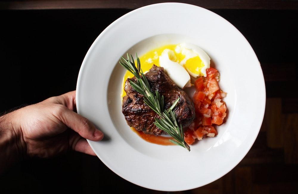 Dieta ketogeniczna  – czy jest dobrym rozwiązaniem?